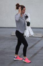 JENNIFER GARNER Arrives at a Gym in Los Angeles 09/30/2017