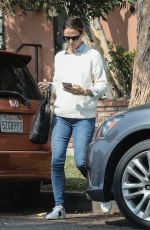 JENNIFER GARNER Out in Brentwood 09/17/2017