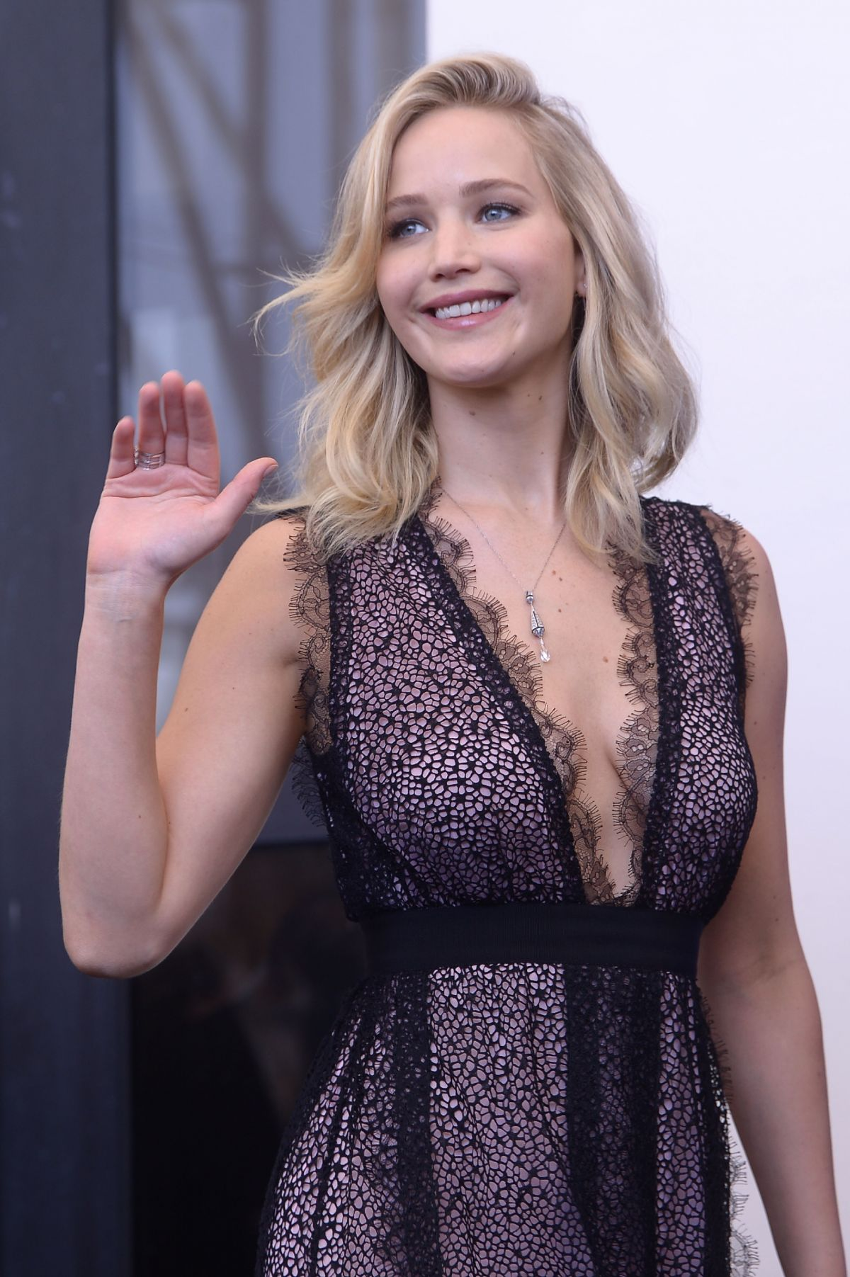 JENNIFER LAWRENCE at Mother Photocall at 74th Venice ... Jennifer Lawrence