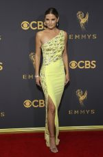 JENNIFER NETTLES at 69th Annual Primetime EMMY Awards in Los Angeles 09/17/2017