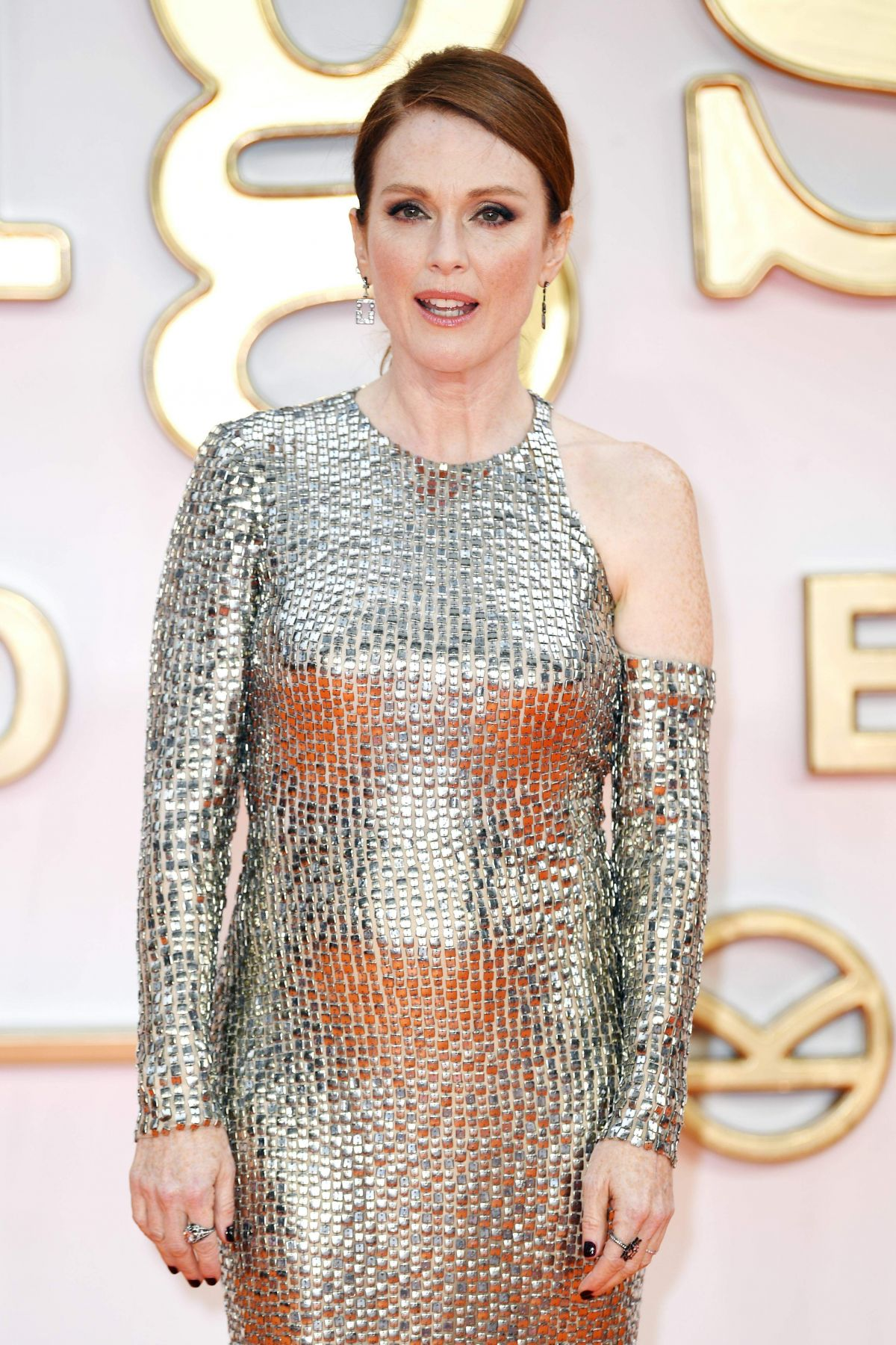 JULIANNE MOORE at Kingsman: The Golden Circle Premiere in London 09/18/2017