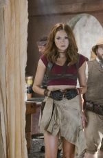 KAREN GILLAN - Jumanji: Welcome to the Jungle, 2017 Promos