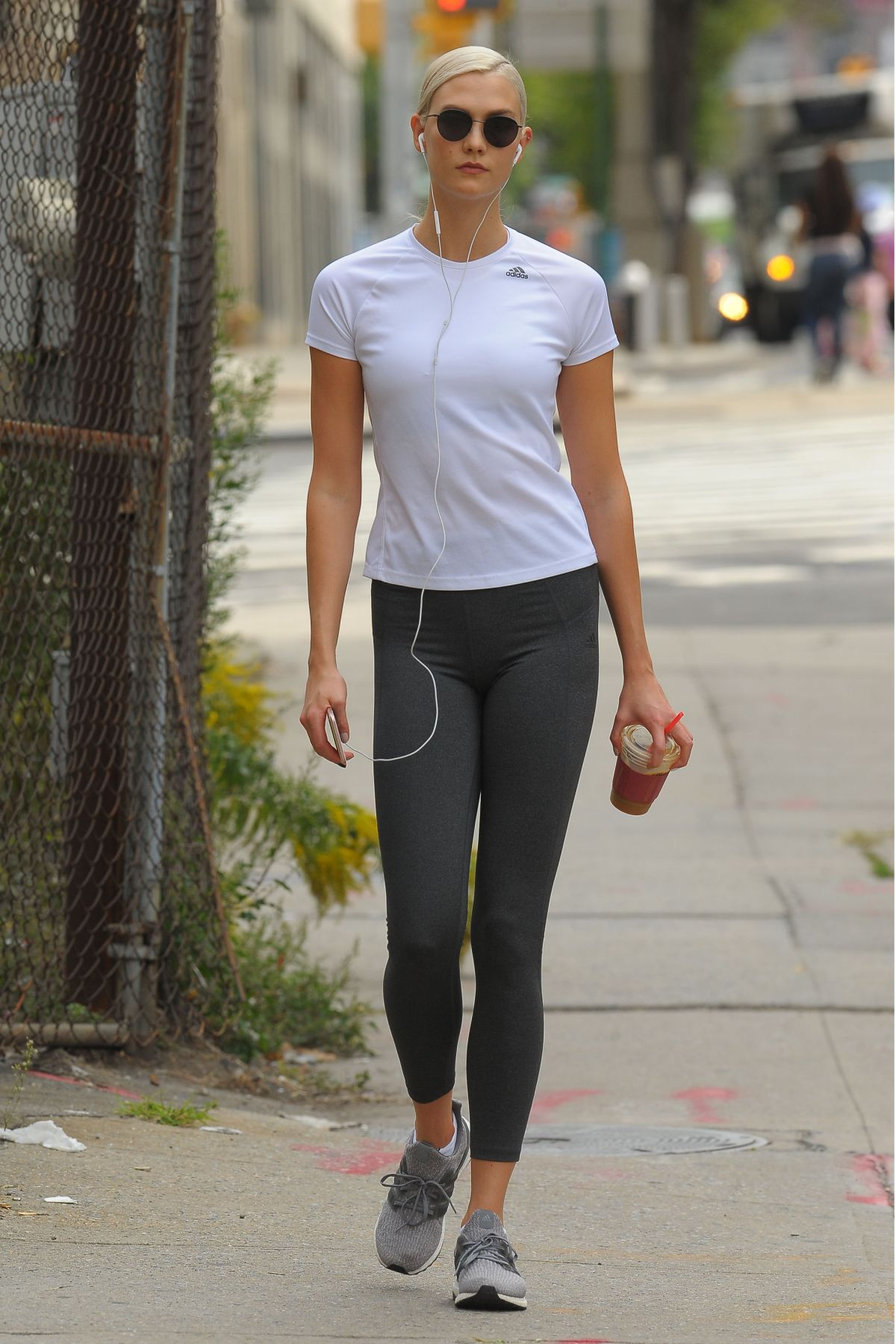 Karlie Kloss At A Gym In New York 09 12 2017 Hawtcelebs