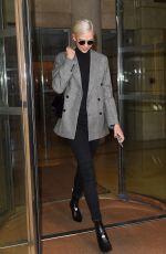 KARLIE KLOSS Leaves Her Hotel in Paris 09/27/2017