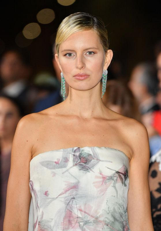 KAROLINA KURKOVA at Green Carpet Fashion Awards in Milan 09/24/2017