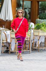 KAT GRAHAM Out and About in Milan 09/20/2017