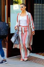 KATE HUDSON Out and About in New York 09/23/2017