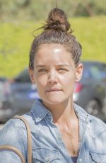 KATIE HOLMES at Grocery Shopping in Los Angeles 09/27/2017