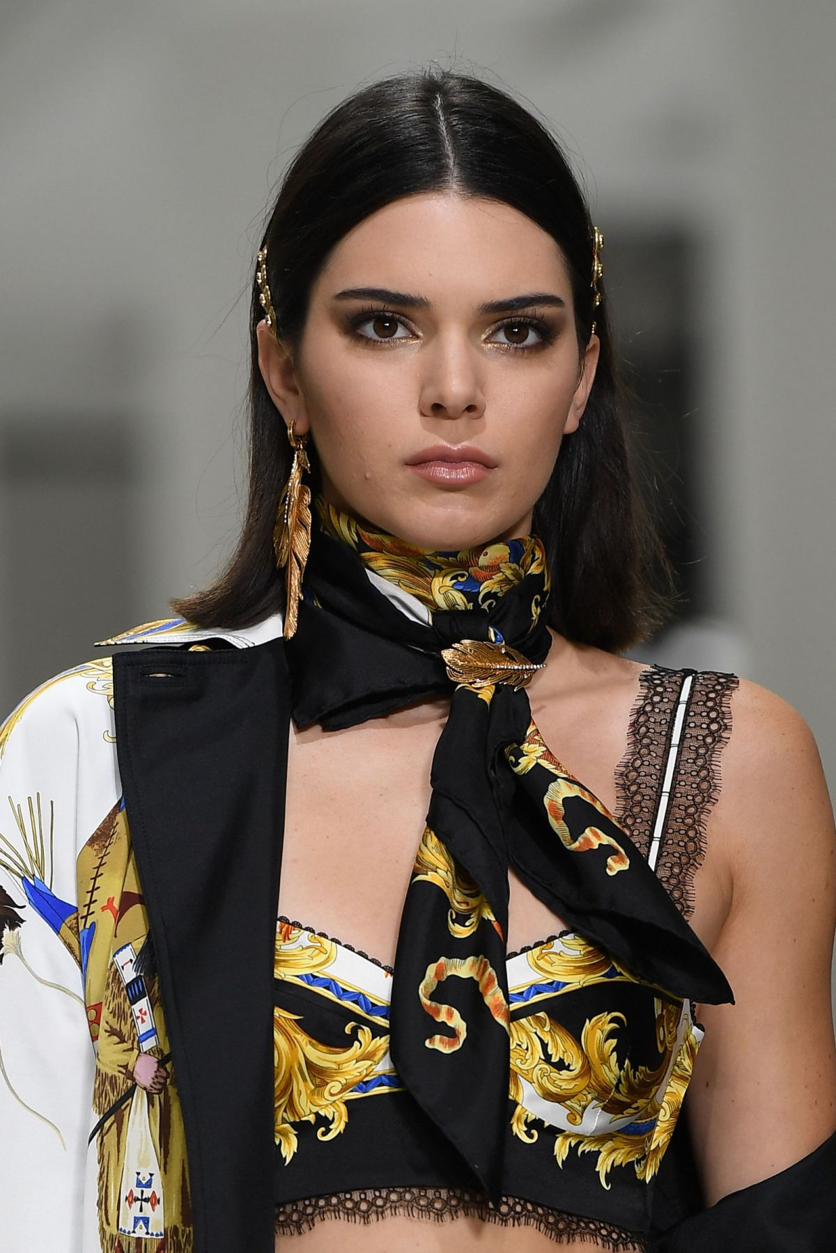 KENDALL JENNER at Versace Fashion Show at Milan 09/22/2017