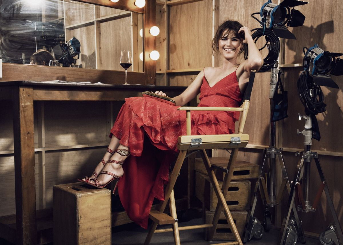 KRELI RUSSELL - Vanity Fair & FX Emmy Portrait 09/16/2017