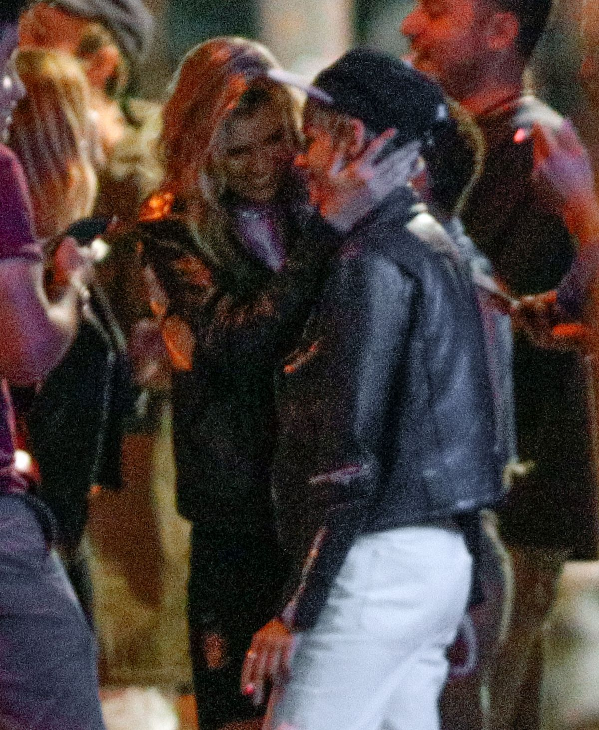 KRISTEN STEWART and STELLA MAXWELL Gets Affectionate Outside a Bar in New York 08/31/2017