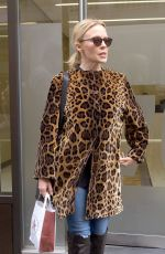 KYLIE MINOGUE Out and About in London, 09//21/2017