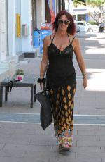 LAUREN SIMON Leaves Golden Tarts Hair Salon in Marbella 09/01/2017