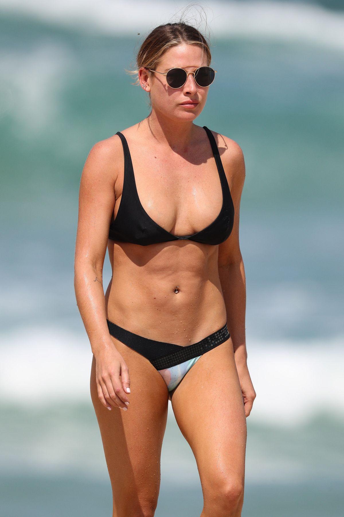 Bikini Lisa Clarke nudes (78 photo), Topless, Bikini, Selfie, in bikini 2019