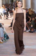 MARTHA HUNT at Alberta Ferretti Spring/Summer 2018 Fashion Show