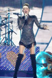 MILEY CYRUS Performs at Iheartradio Music Festival in Las Vegas 09/23/2017