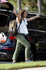 MOLLY SHANNON Arrives at Her Home 09/03/2017