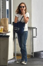 NATALIE PORTMAN at M Cafe in Beverly Hills 09/25/2017
