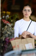 OLIVIA CULPO Leaves Erewhon Natural Foods in Los Angeles 09/19/2017