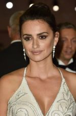PENELOPE CRUZ at Loving Pablo Premiere at 74th Venice Film Festival 09/06/2017