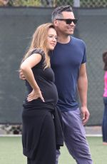 Pregnant JESSICA ALBA and Warren Cash Out in Westwood 09/17/2017