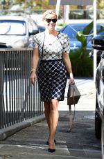 REESE WITHERSPOO Out to Lunch in Brentwood 09/25/2017