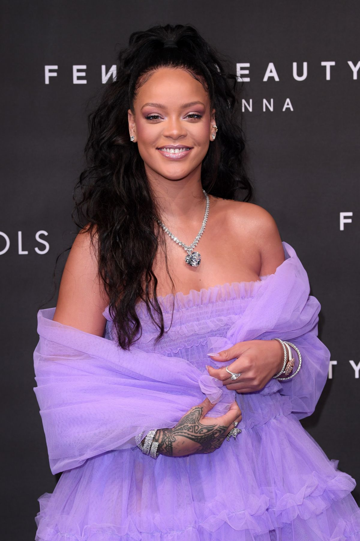 Beauty Launch The Mac Punk Couture Collection: RIHANNA At Fenty Beauty Launch Party In London 09/19/2017