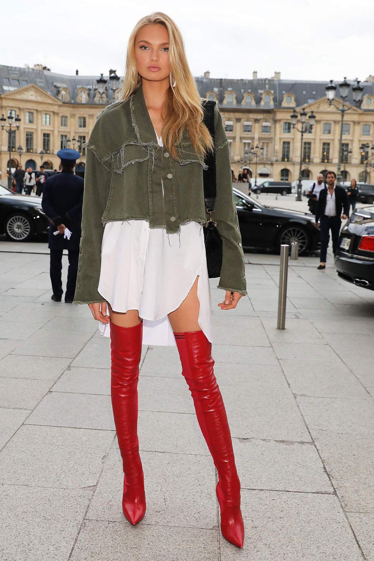 Romee Strijd Romee-strijd-out-at-paris-fashion-week-09-29-2017-1