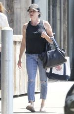 SHANNEN DOHERTY Shopping for Groceries in Malibu 09/06/2017
