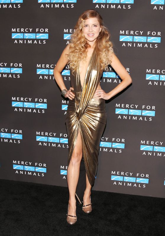 SIMONE REYES at Mercy for Animals Annual Hidden Heroes Gala in Los Angeles 09/23/2017