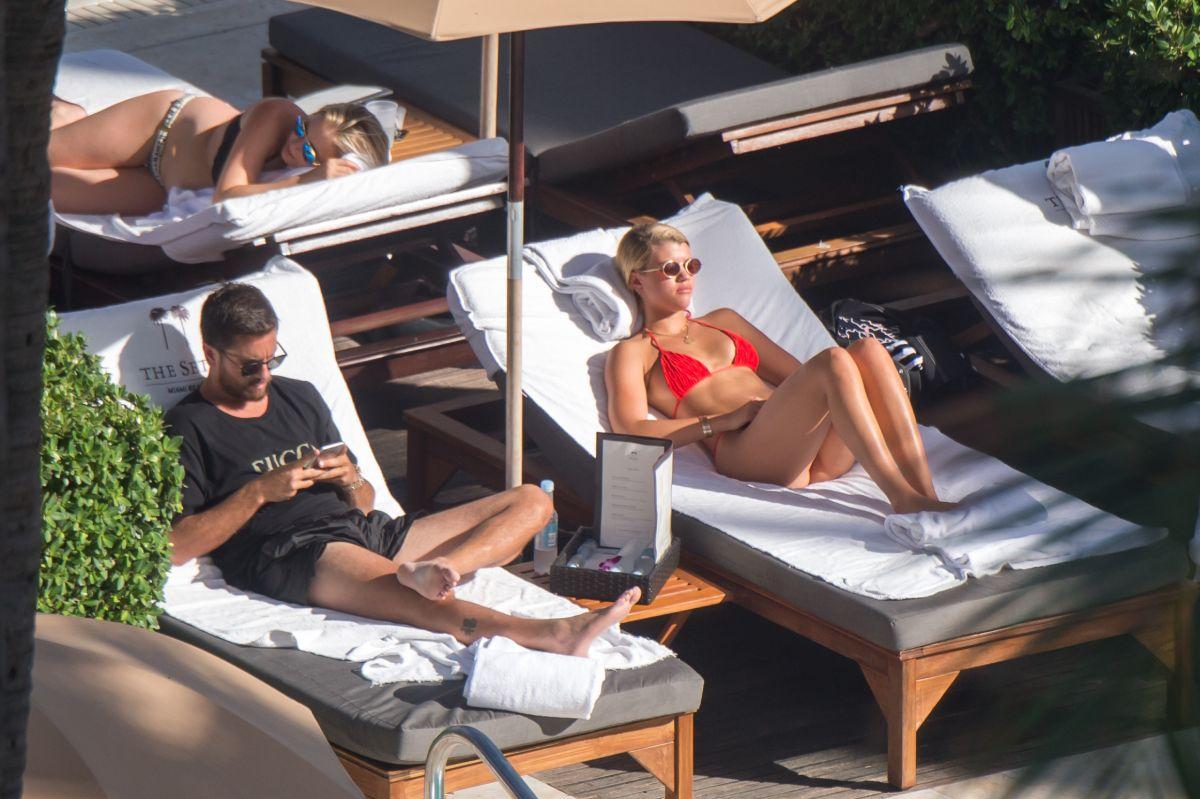 Sofia Richie in Red Bikini on the beach in Miami Pic 33 of 35