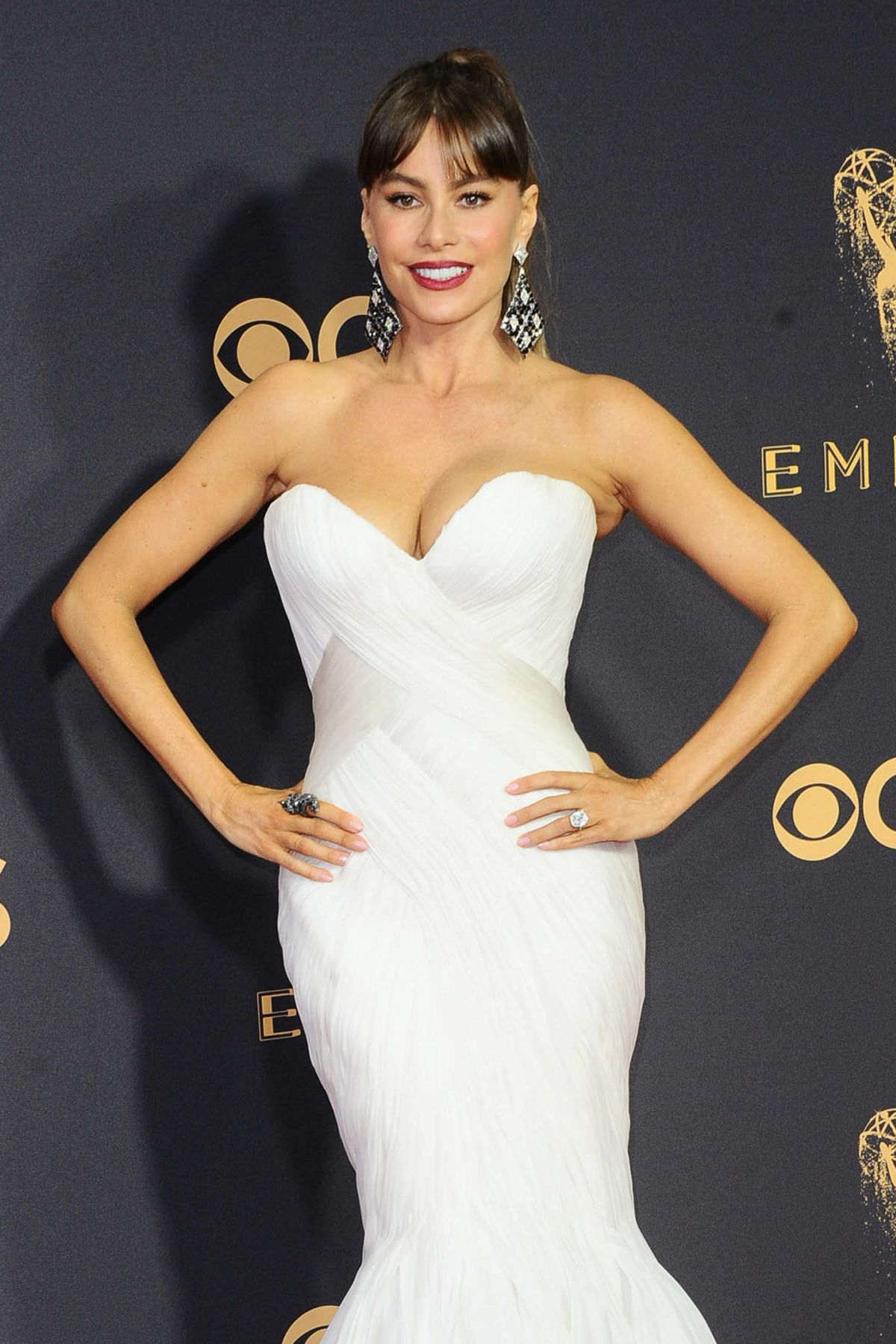 SOFIA VERGARA at 69th Annual Primetime EMMY Awards in Los Angeles 09/17/2017