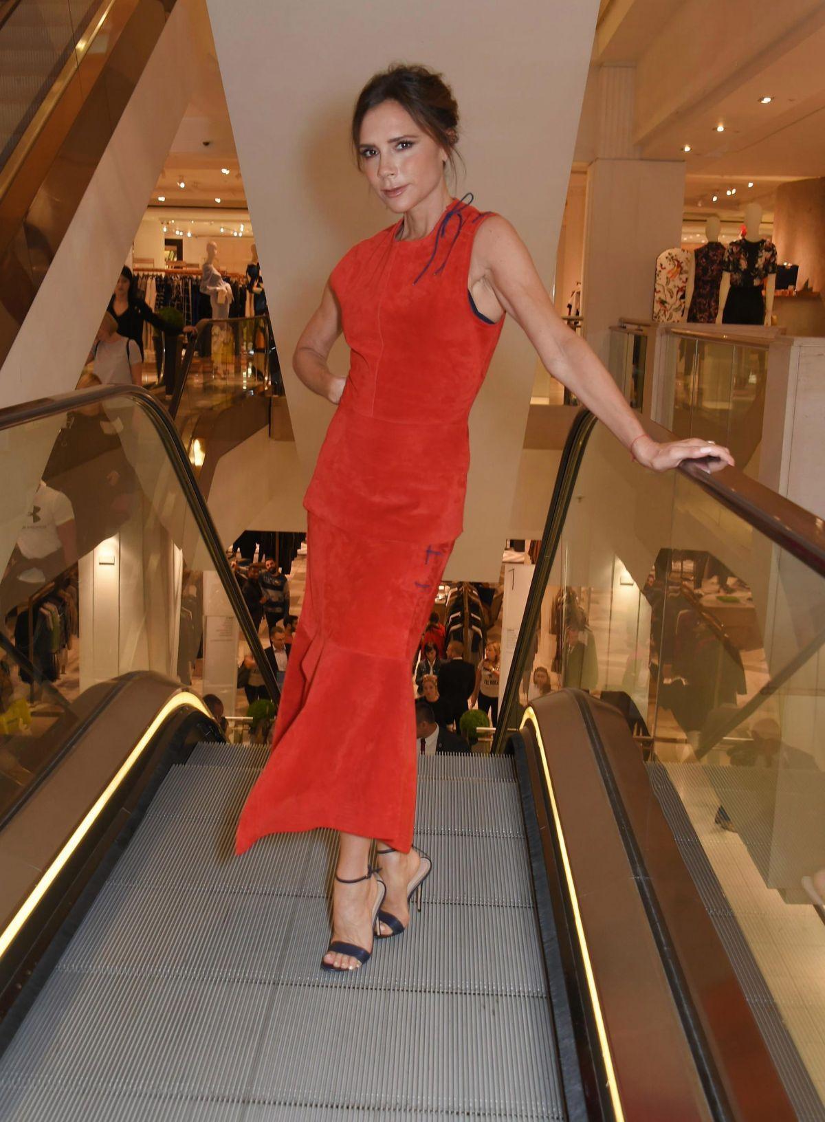 VICTORIA BECKHAM at Estee Lauder Make-up Launch in London 09/05/2017