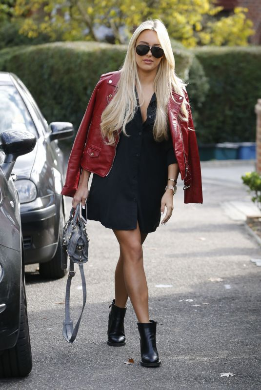 AMBER TURNER Out and About in Essex 10/09/2017