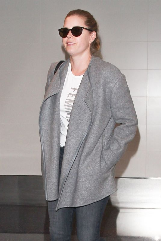 AMY ADAMS at Los Angeles International Airport 10/18/2017