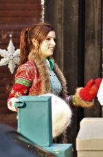 ANNA KENDRICK on the Set of Nicole in Vancouver 10/25/2017