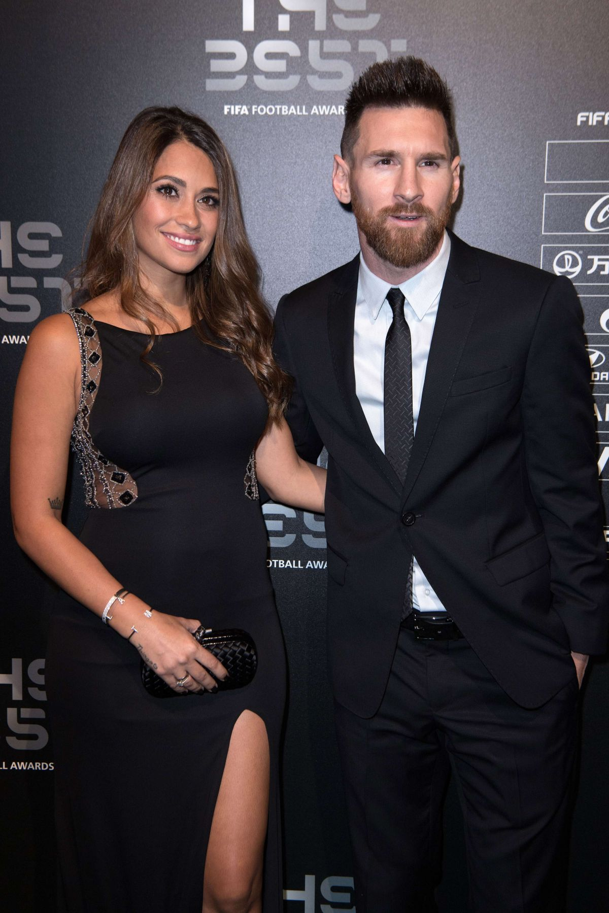 Antonella Roccuzzo And Lionel Messi At Best Fifa Football Awards In London