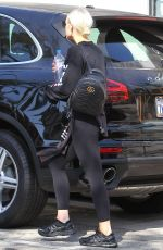 ASHLEE SIMPSON Leaves a Gym in Studio City 10/12/2017