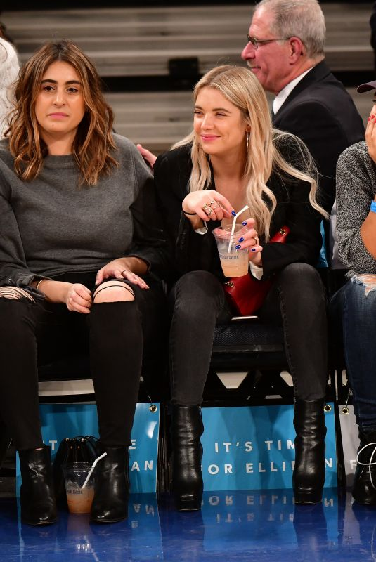 ASHLEY BENSON at Brooklyn Nets vs New York Knicks Game in New York 10/27/2017