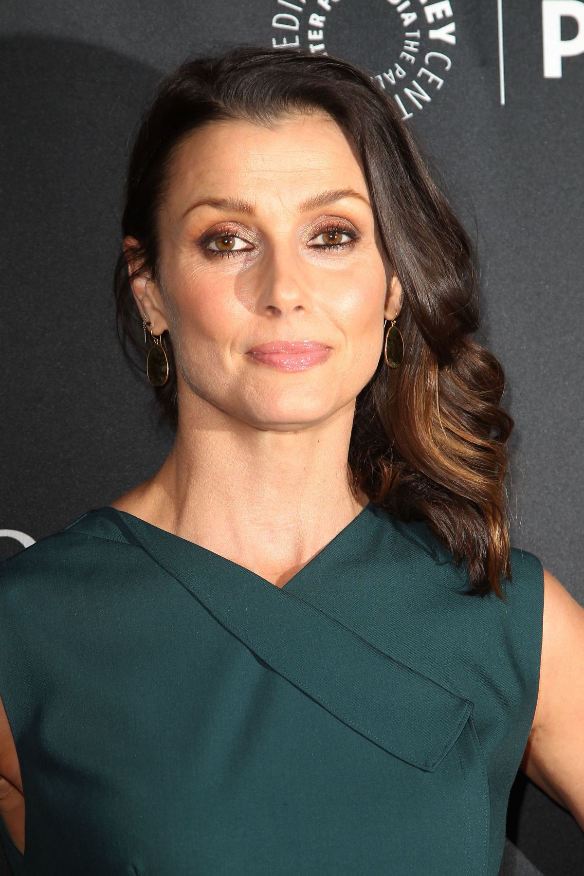 Blue Bloods Stars Get Ready For Their Close-Ups - Page 22 ...  |Bridget Moynahan Blue Bloods