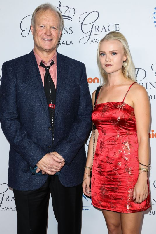 CARSON FAGERBAKKE at 2017 WWD Honors in New York 10/24/2017
