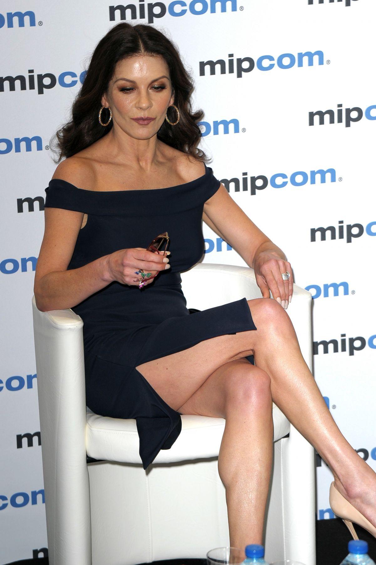 Catherine Zeta Jones A... Catherine Zeta Jones