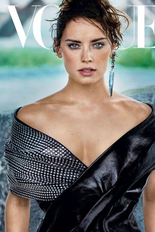 DIASY RIDLEY for Vogue Magazine, November 2017
