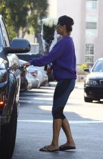 ELISABETTA CANALIS Shopping at Bristol Farms in Beverly Hills 10/05/2017
