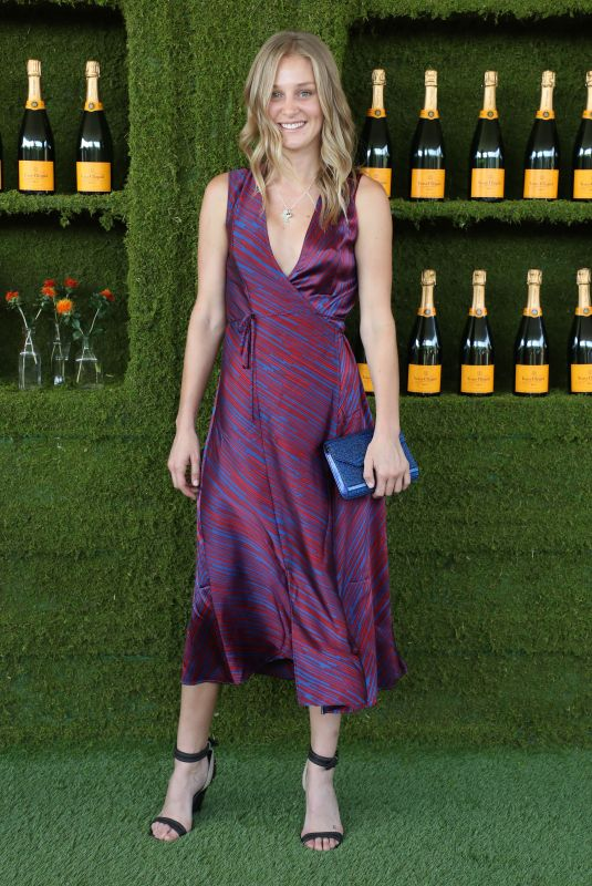 ELIZABETH GILPIN at 8th Annual Veuve Clicquot Polo Classic in Los Angeles 10/14/2017
