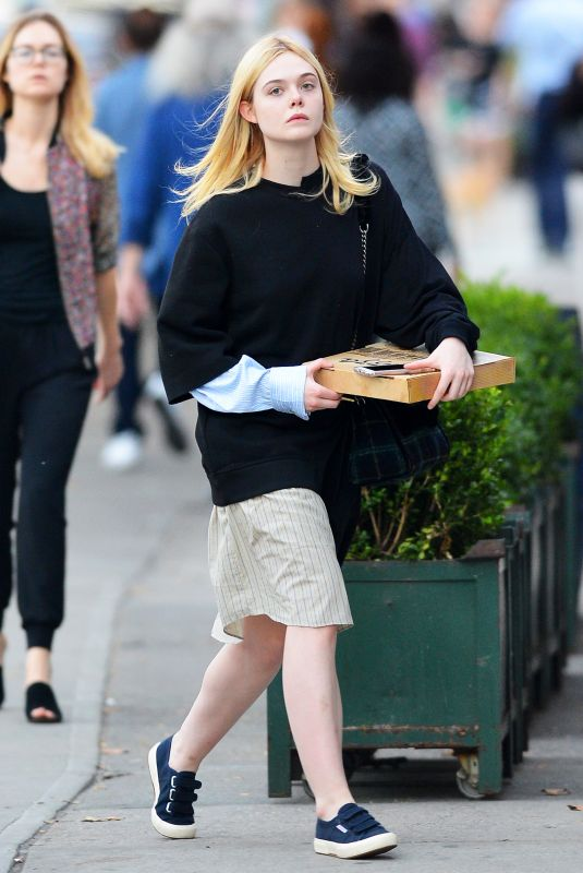 ELLE FANNING Picks Up a Pizza in New York 10/05/2017