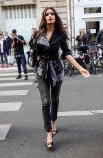 EMILY RATAJKOWSKI Arrives at Altuzarra Fashion Show in Paris 09/30/2017