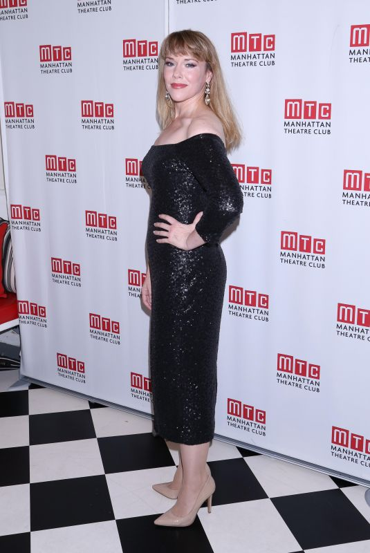 EMILY SKINNER at Manhattan Theatre Club Fall Benefit in New York 10/24/2017