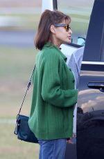 EVA MENDES Flying into Atlanta 10/15/201