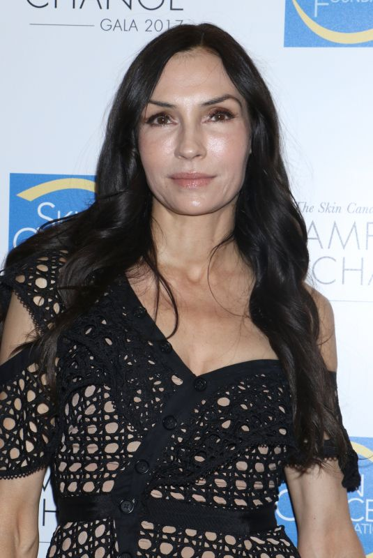 FAMKE JANSSEN at Skin Cancer Foundation's Champions for Change Gala in New York 10/17/2017
